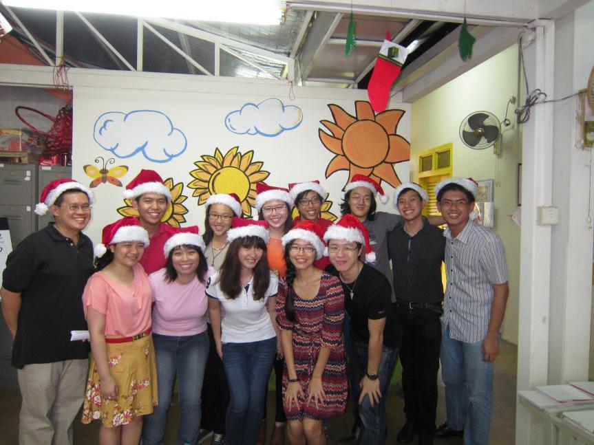 ChristmasCaroling2012 011