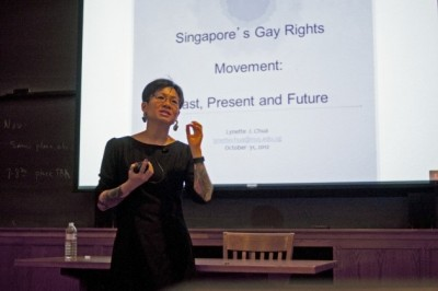Prof Lynette giving a narrative account of gay rights in Singapore at Yale-Nus. Photo courtesy of Yale Daily News http://yaledailynews.com/blog/2012/11/01/nus-professor-addresses-gay-rights/