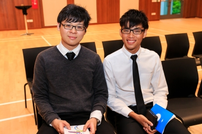 Proud recipients of the USP Recognition Award - Zhe Wen (left) and Yan Zhi (right), Photo courtesy of Lionel Lin