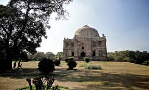 Lodi Gardens, an oasis in the middle of chaotic Delhi