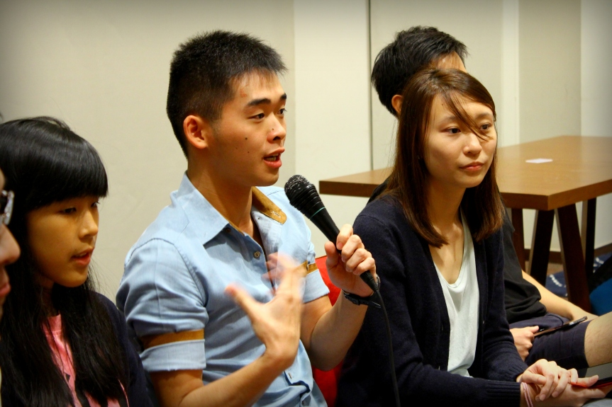 Cheng Lei answers some questions from the community.